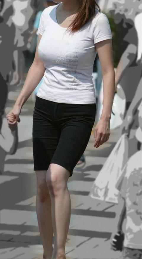 爆乳素人娘の着衣おっぱいエロ画像 1220