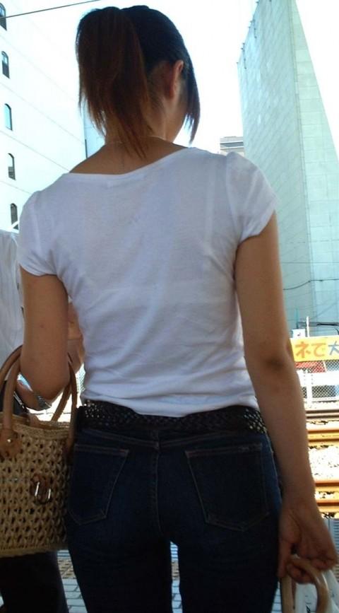 透けパンツや透けブラにちんこが反応する素人娘のお尻エロ画像 199
