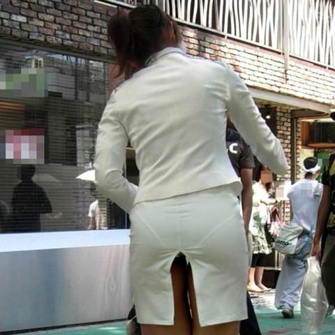 透けパンツや透けブラにちんこが反応する素人娘のお尻エロ画像 275