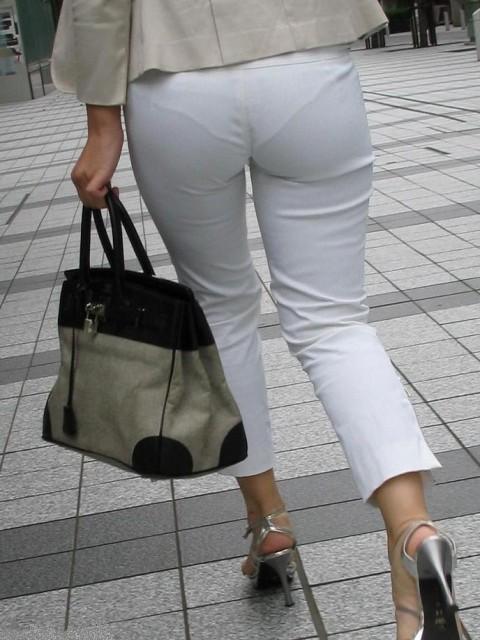 透けパンツや透けブラにちんこが反応する素人娘のお尻エロ画像 89