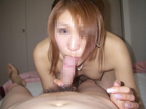素人娘が生々しい舌使いでフェラチオしてるエロ画像 ero2815