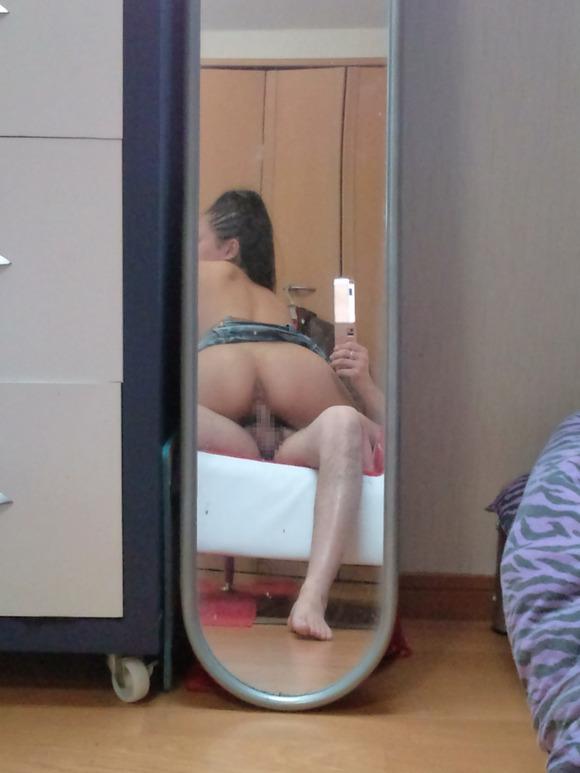 生々しさがヤバい素人娘の着衣セックスのハメ撮りエロ画像 1104