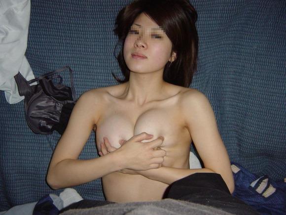 彼氏やセフレが撮影した素人娘の巨乳おっぱいエロ画像 230