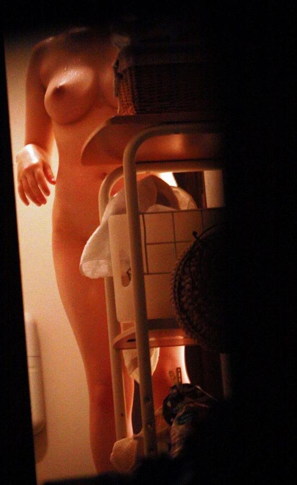 自画撮りとか彼氏に撮影された素人娘の巨乳おっぱいエロ画像 3545