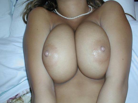 彼氏やセフレが撮影した素人娘の巨乳おっぱいエロ画像 391
