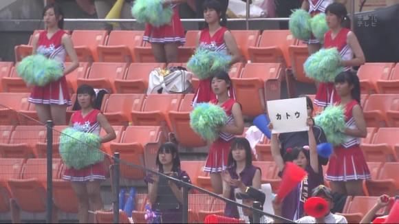 高校野球の応援席ではしゃぐ女子校生チアリーダーのエロ画像 10101