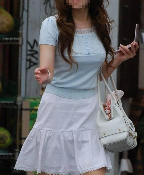 ただ服を着ただけの街撮り素人娘がめっちゃオナニーのおかずになってしまうエロ画像 1011