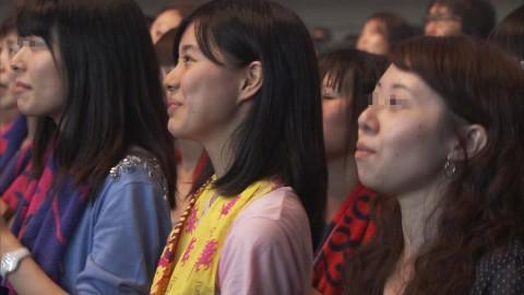 テレビに映った激カワ素人娘たちのキャプエロ画像 1087