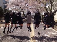 女子校生がSNSに投稿したおふざけしてるエロ画像