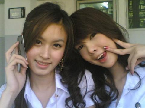 タイの女子大生が激カワ過ぎる素人エロ画像 1198