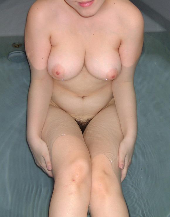 彼氏やセフレに素っ裸を撮られた素人娘の全裸エロ画像 1225
