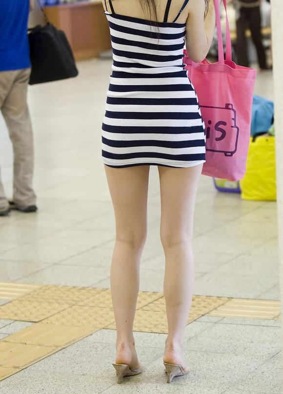 生足の素人女性が多い韓国の街撮りエロ画像 1342