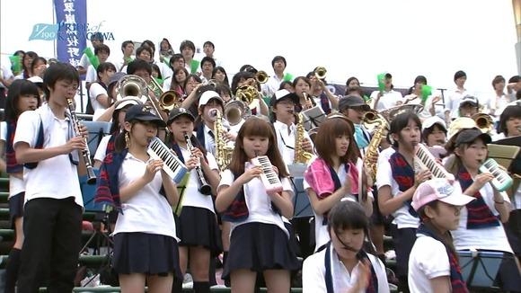 高校野球のテレビ放送で映った女子校生達の素人エロ画像 1366