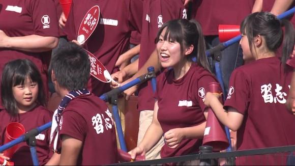 高校野球の応援席ではしゃぐ女子校生チアリーダーのエロ画像 1998