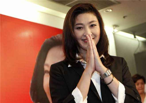 タイの女子大生が激カワ過ぎる素人エロ画像 20