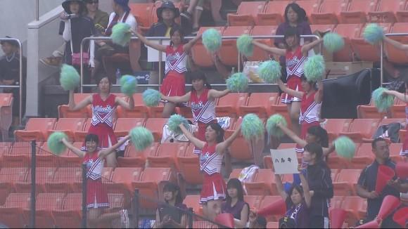 高校野球の応援席ではしゃぐ女子校生チアリーダーのエロ画像 2096