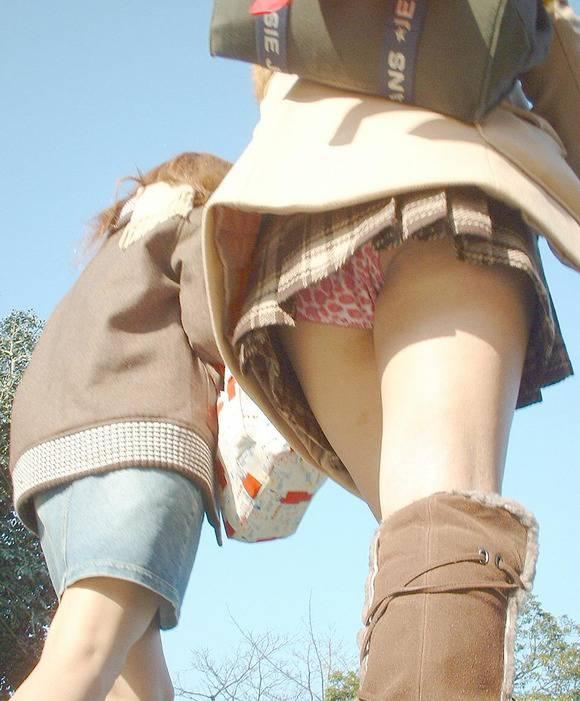 ただ服を着ただけの街撮り素人娘がめっちゃオナニーのおかずになってしまうエロ画像 2115