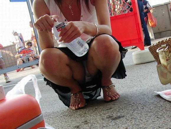 ただ服を着ただけの街撮り素人娘がめっちゃオナニーのおかずになってしまうエロ画像 2311