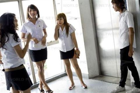 タイの女子大生が激カワ過ぎる素人エロ画像 25