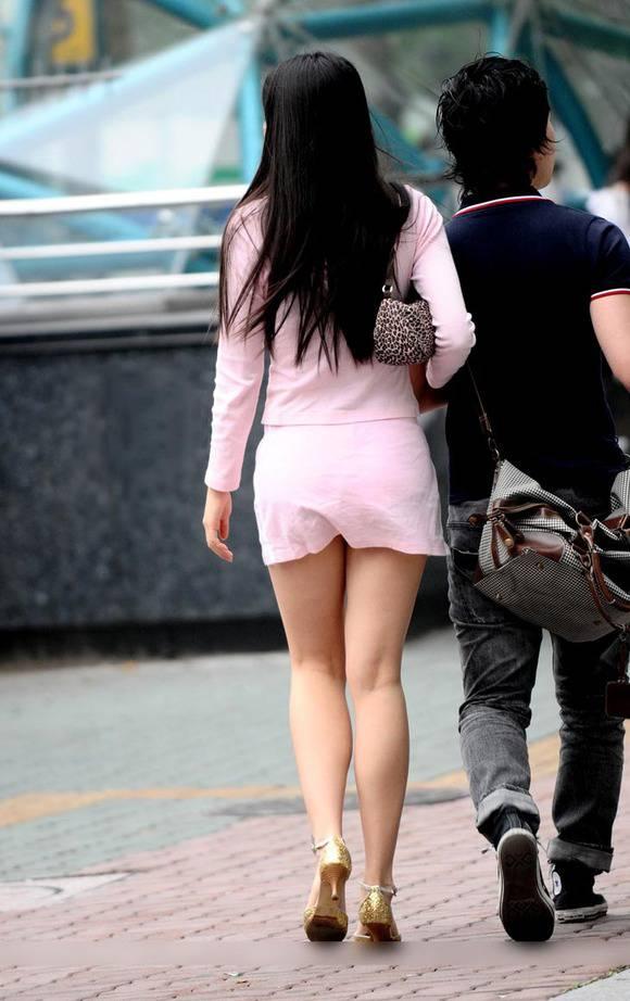 ただ服を着ただけの街撮り素人娘がめっちゃオナニーのおかずになってしまうエロ画像 250