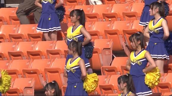 高校野球の応援席ではしゃぐ女子校生チアリーダーのエロ画像 2589