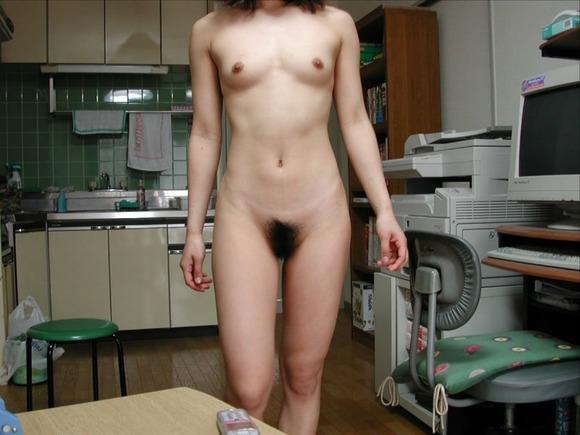 彼氏やセフレに素っ裸を撮られた素人娘の全裸エロ画像 2821
