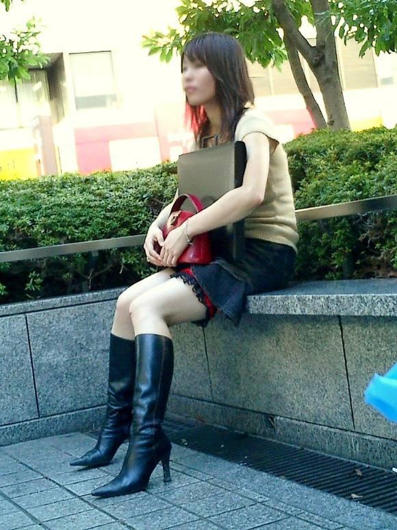 ただ服を着ただけの街撮り素人娘がめっちゃオナニーのおかずになってしまうエロ画像 2910