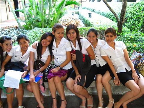 タイの女子大生が激カワ過ぎる素人エロ画像 3