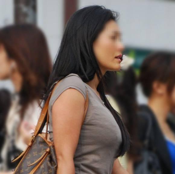 ただ服を着ただけの街撮り素人娘がめっちゃオナニーのおかずになってしまうエロ画像 3212