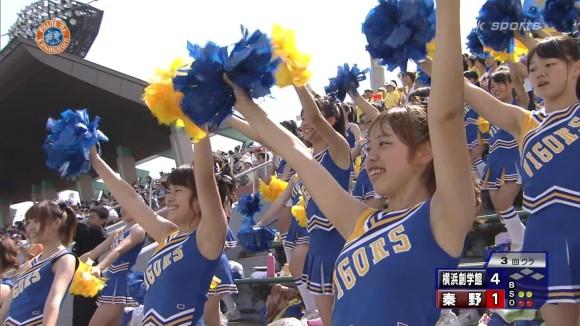 高校野球の応援席ではしゃぐ女子校生チアリーダーのエロ画像 3299