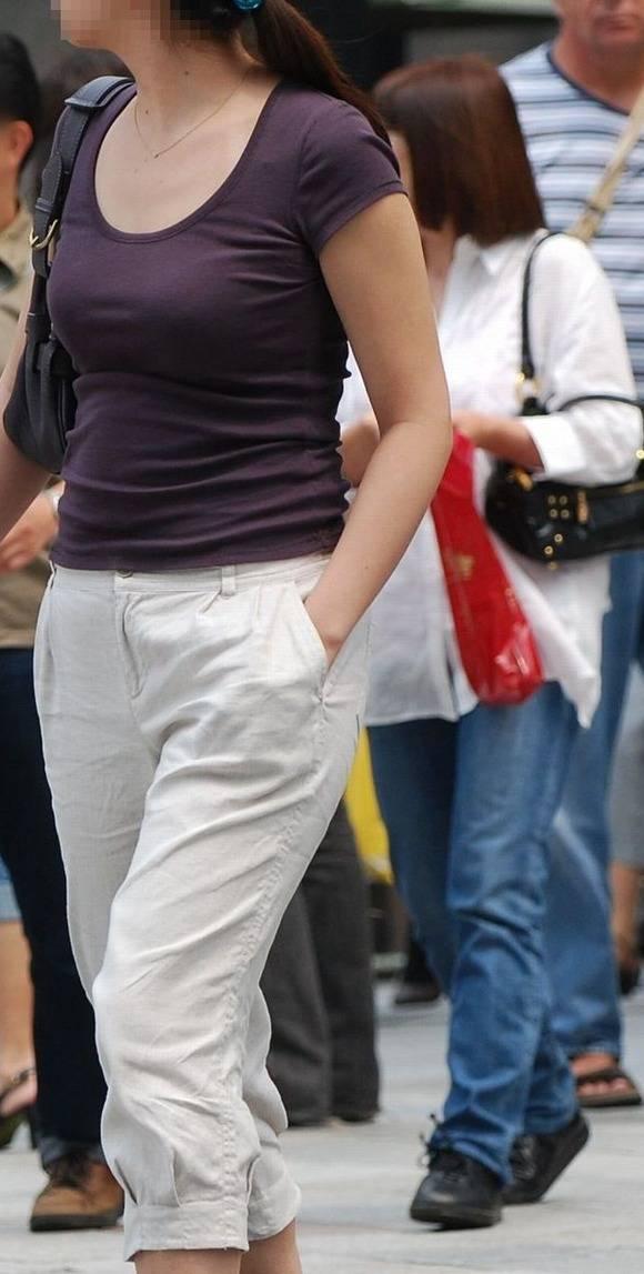 ただ服を着ただけの街撮り素人娘がめっちゃオナニーのおかずになってしまうエロ画像 420