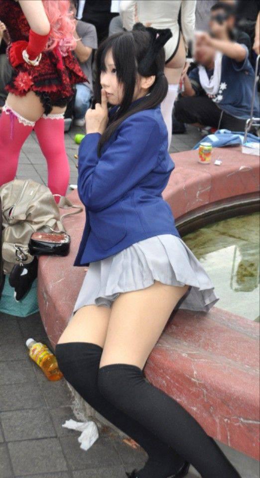 可愛い娘を厳選したコスプレイヤーのエロ画像 4312