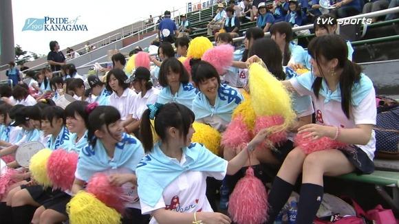 高校野球のテレビ放送で映った女子校生達の素人エロ画像 4612