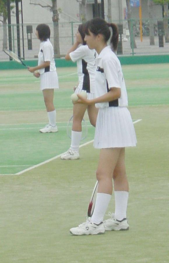 テニス部の女子が試合を頑張ってるお尻のエロ画像 1412