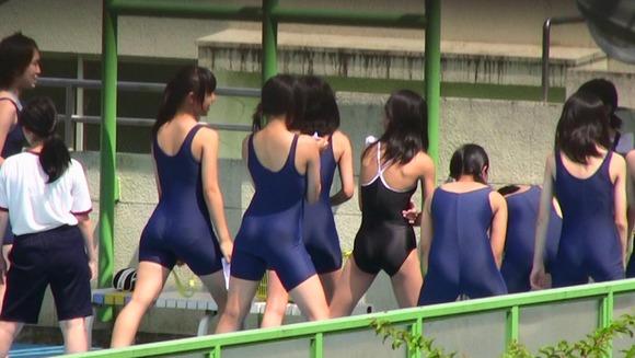 水泳部や陸上部の引き締まった体がエッチな素人娘たちのエロ画像 1428