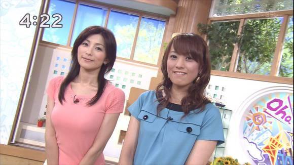 美人OLの女子アナがテレビでエッチな姿を披露するキャプエロ画像 1521