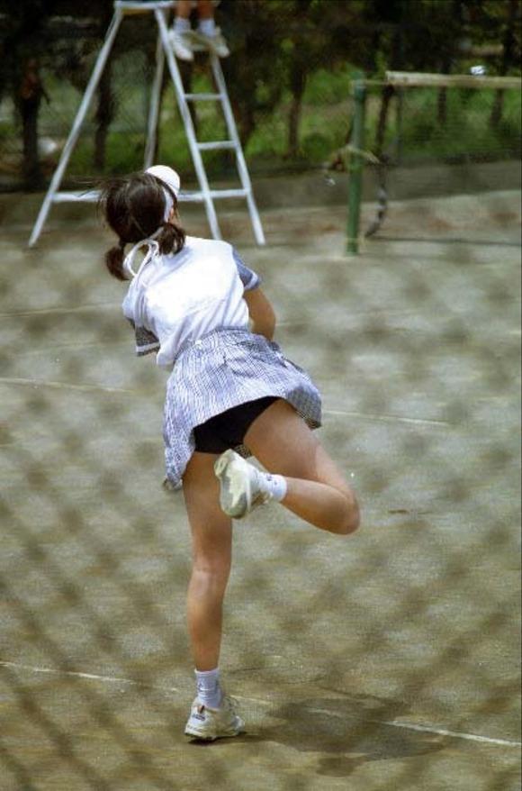 テニス部の女子が試合を頑張ってるお尻のエロ画像 1912