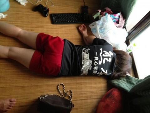 写メ撮られてネット流出したちょっとエッチな姉貴の寝姿エロ画像 1949