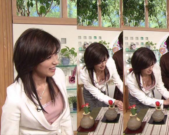 美人OLの女子アナがテレビでエッチな姿を披露するキャプエロ画像 2221