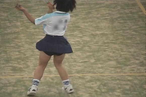 テニス部の女子が試合を頑張ってるお尻のエロ画像 240