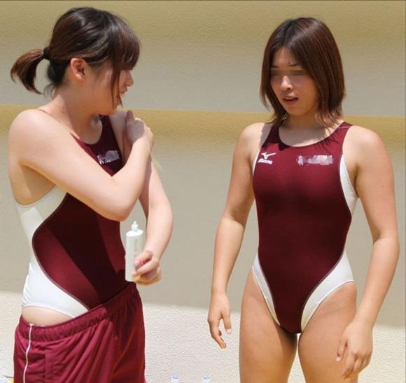 水泳部や陸上部の引き締まった体がエッチな素人娘たちのエロ画像 2425