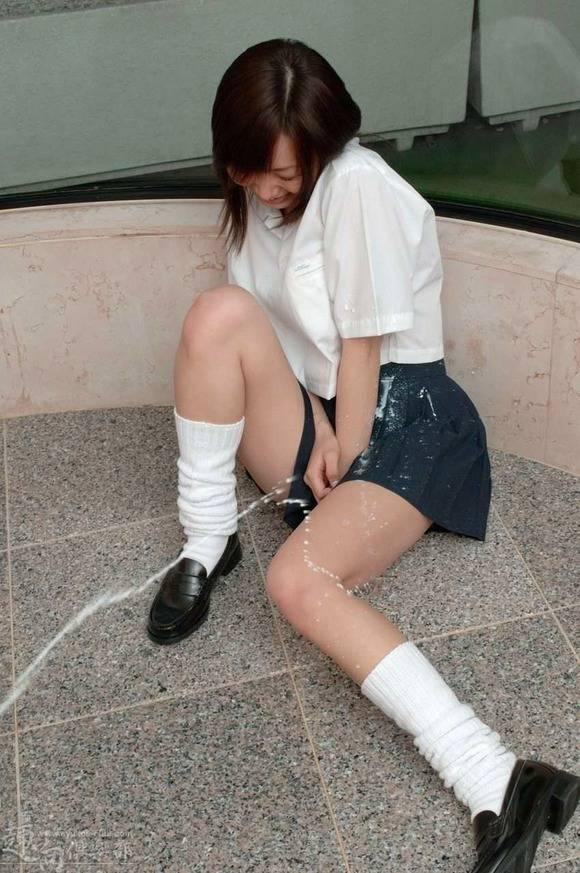 狂気じみたエッチな遊びをする女子達のヤバいエロ画像 2619