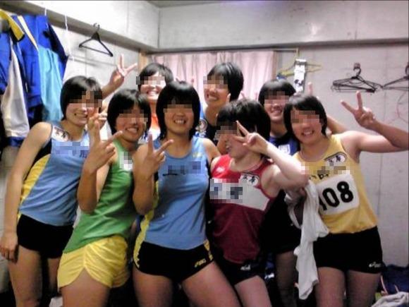 水泳部や陸上部の引き締まった体がエッチな素人娘たちのエロ画像 3024