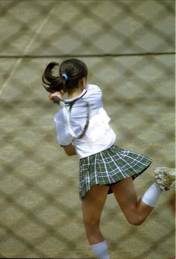 テニス部の女子が試合を頑張ってるお尻のエロ画像 3113