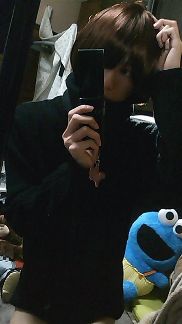 オチンチンついてる男の娘が自画撮りしてる素人エロ画像 3175