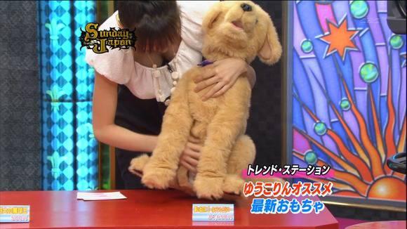 美人OLの女子アナがテレビでエッチな姿を披露するキャプエロ画像 3614