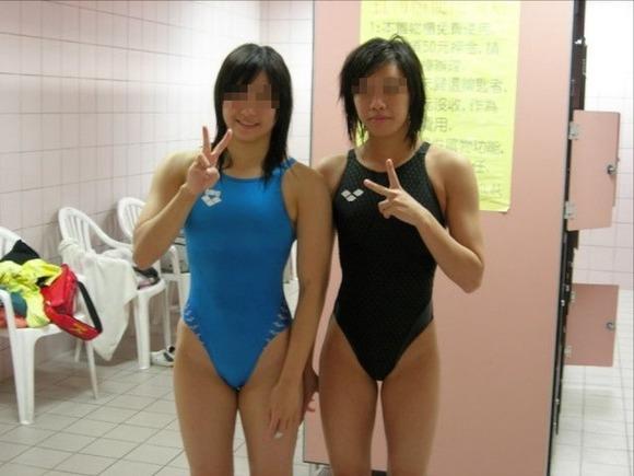 水泳部や陸上部の引き締まった体がエッチな素人娘たちのエロ画像 3619