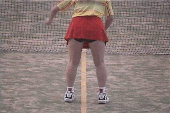テニス部の女子が試合を頑張ってるお尻のエロ画像 913