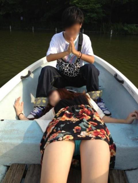 SNSにネット投稿してる素人娘のおふざけが割りと抜けるエロ画像 948