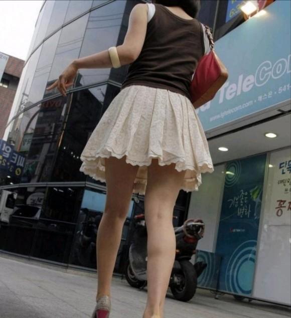 スタイル抜群な素人の韓国ギャルが街撮りされたエロ画像 1171